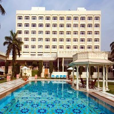 The Gateway Hotel Agra India.jpg