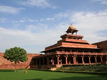 Visit Agra CTS Horizons.jpg