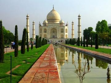 Visit Taj Mahal with CTS Horizons.jpg