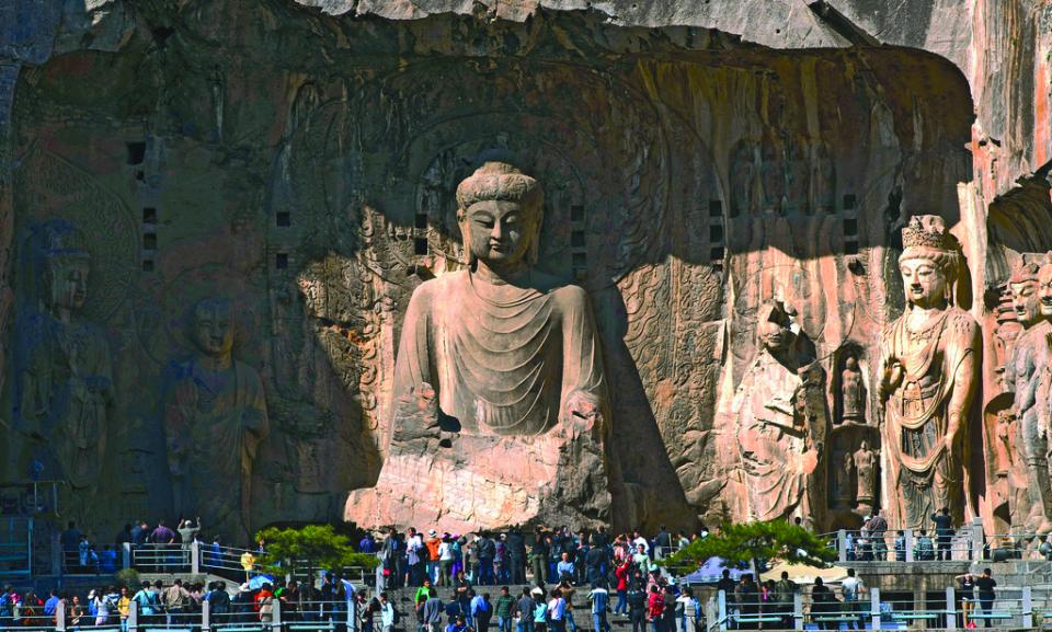 china tour Longmen Grottoes.jpg