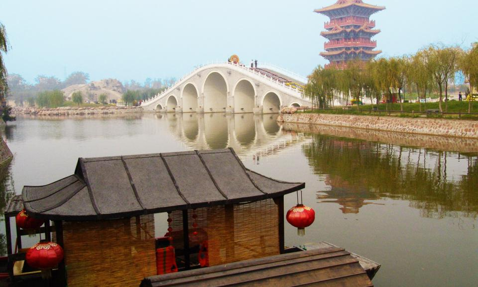 china tour kaifeng1.jpg