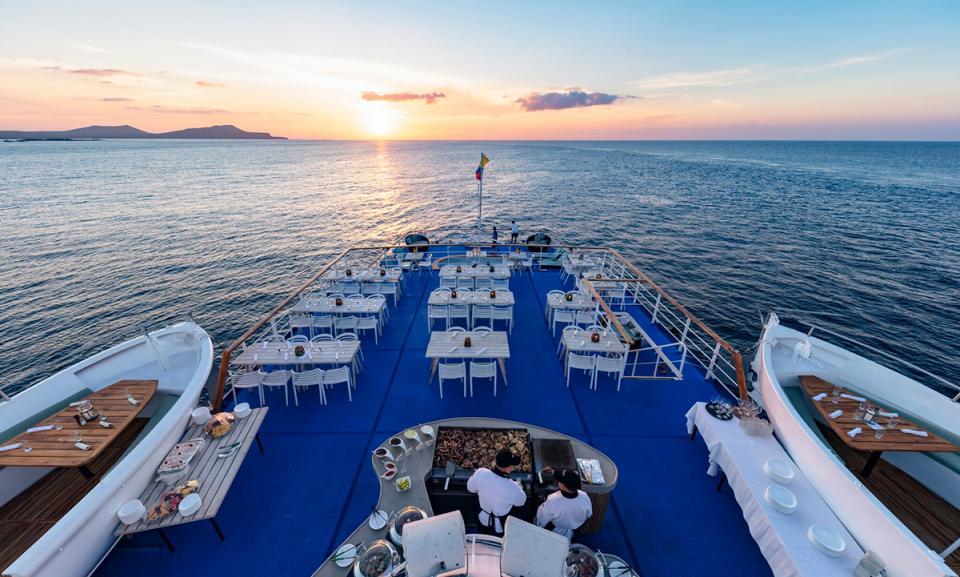 cruise sunset.jpg