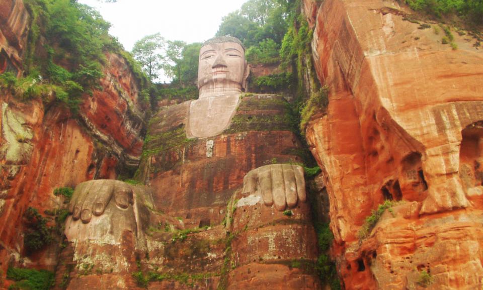 giant buddha river.jpg