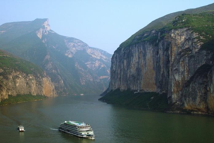 Yangtze Cruise CTS Horizons.jpg
